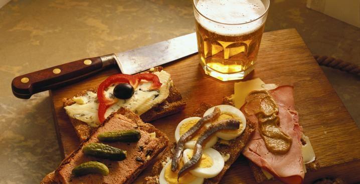 Η μπύρα ταιριάζει και με Ελληνικά εδέσματα. Τολμήστε το !
