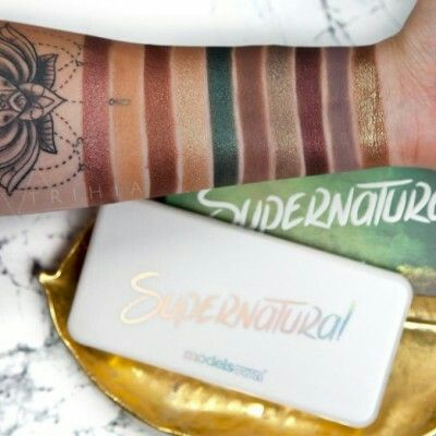 MODELS OWN  Supernatural Eyeshadow Palette