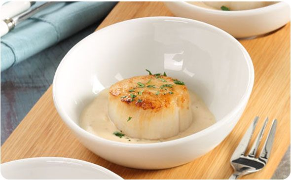 Scallop Appetizer with Lobster Cream Sauce ~ An elegant appetizer featuring a creamy, rich lobster sauce | BetterThanBouillon.com