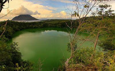 PERGIPEDIA  - Mengungkap Fakta Di Balik Rahasia Danau Tolire Ternate…