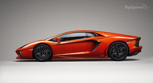 2012 Lamborghini Aventador LP700-4 - Top Speed