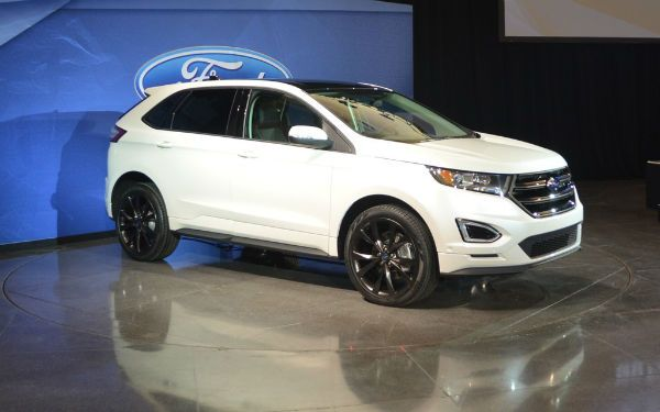 2016 Ford Edge White
