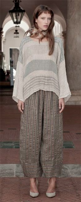 Why can't I find a pattern for pants like these???