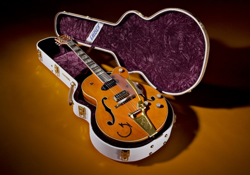 Gretsch Eddie Cochran limited-edition guitar: Tribute Guitar, Gretsch Eddie, Guitar Service, Cochran Tribute, Vintage Guitar, Gretsch 6120, Guitar Guitarsit, Eddie Cochran, Electric Guitar
