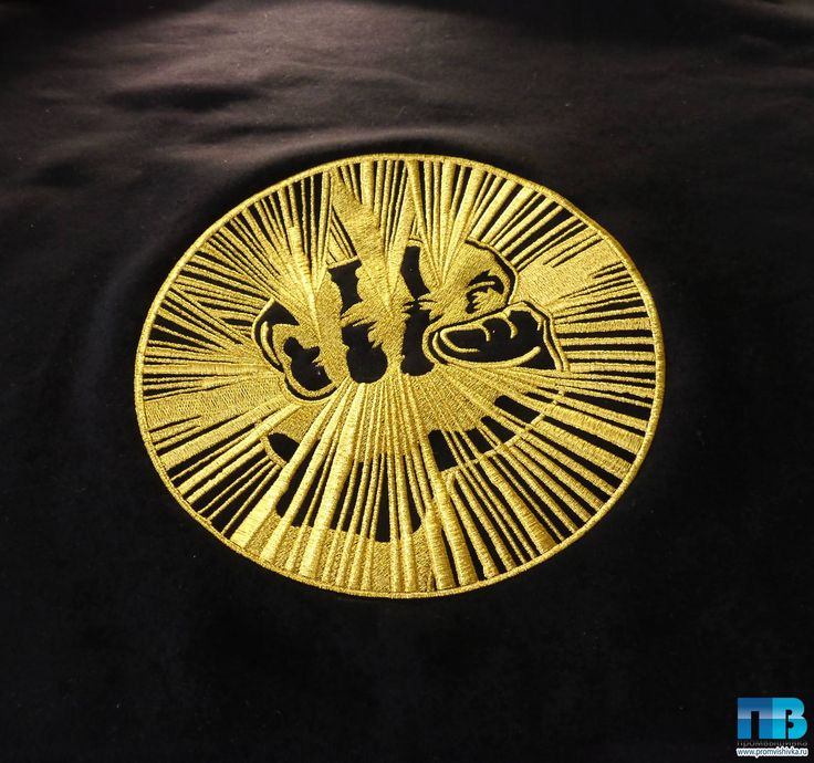 Образец вышивки на одежде эмблемы Gazgolder