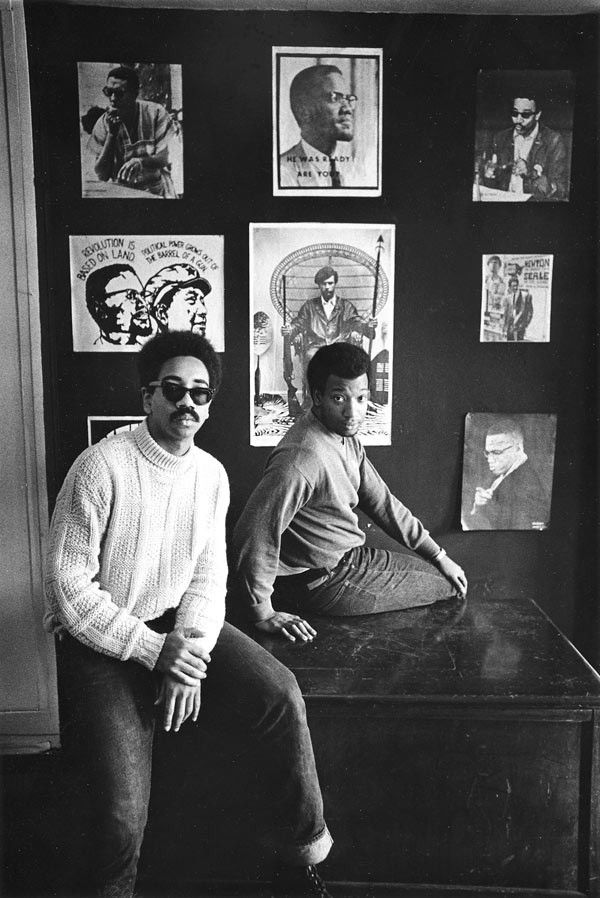 CHICAGOGEEK : Bobby Rush and Fred Hampton at the offices of the Black Panther Party in Chicago, ca. 1969. (Photographer: Paul Sequeira)