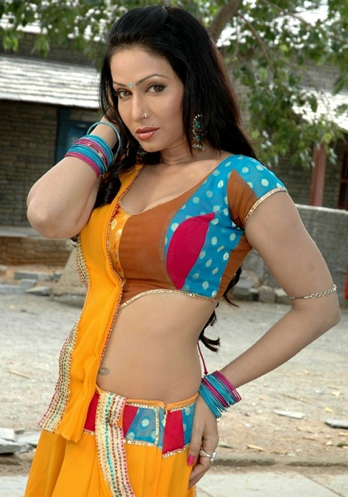 Hand pain bhojpuri actress nude picture love
