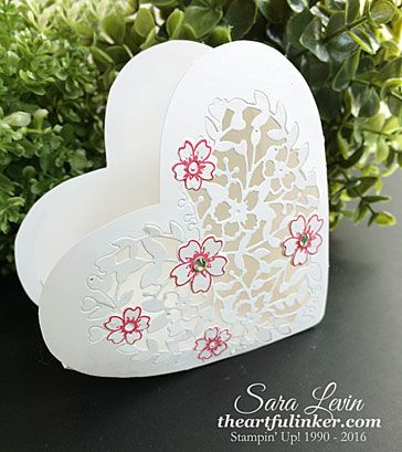 Bloomin' Heart Box for Creation Station - angled - from theartfulinker.com