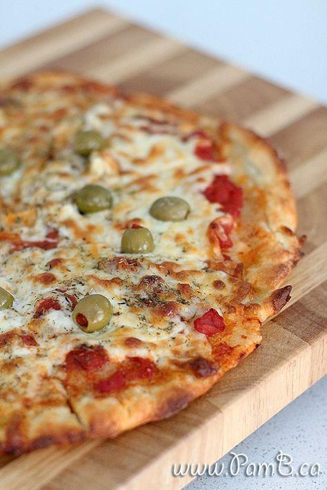 Massa de Pizza com 2 Ingredientes (Receita mais fácil do mundo)