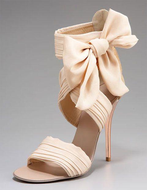 bellissime scarpe sposa, sandalo rosa con fiocco per il matrimonio