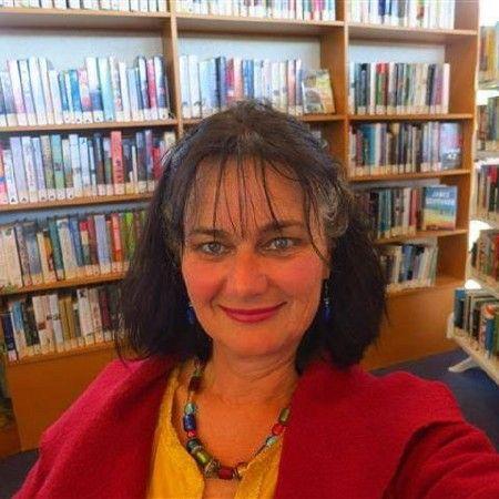 Maclean, how did you become a librarian? #blog #oamarulibrary #culturewaitaki #oamaru #library #librarians