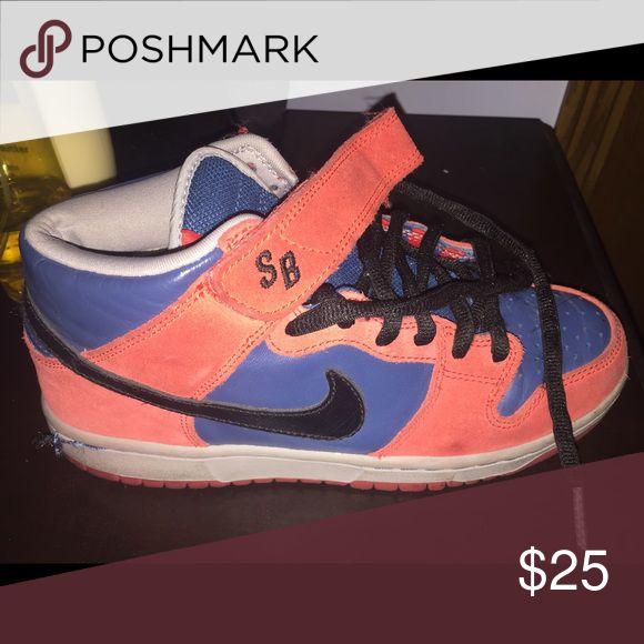 Nike mid sb dunks Nike mid top sb dunks size 6.5 Nike Shoes Sneakers