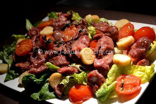 Salade de Gésiers de Canard Confits © Ana Luthi Tous droits réservéshttp://www.l-eaualabouche.com/2015/08/salade-de-gesiers-de-canard-confits.html