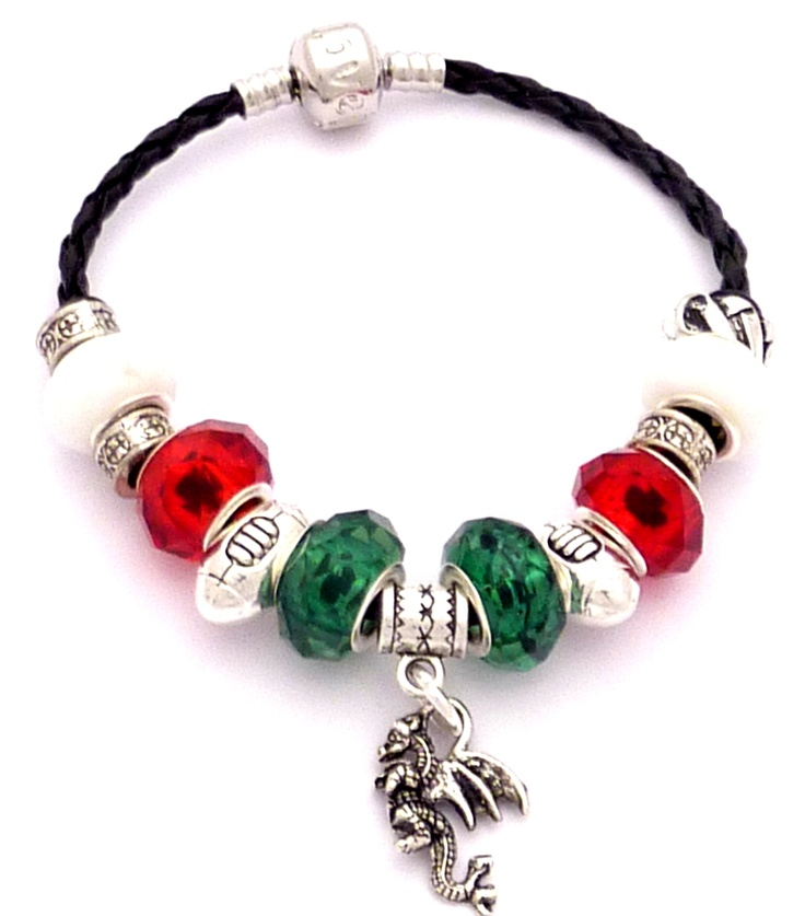 Welsh Rugby Colours Charm BraceletRugby Colours, Charm Bracelets, Welsh Rugby, Gift Ideas, Personalised Gift, Charms Bracelets, Colours Charms, Things Welsh, Things Rugby
