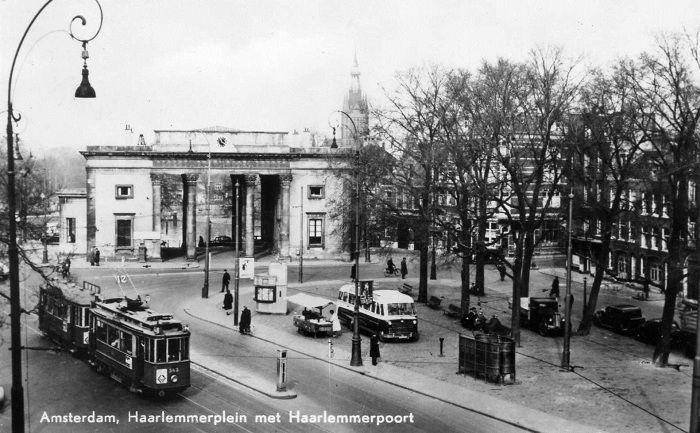 1940's. Haarlemmerplein with Haarlemmerpoort in Amsterdam. #amsterdam #1940 #haarlemmerplein