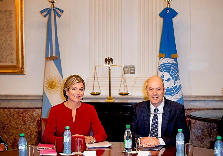 Koningin Máxima is woensdag op de tweede dag van haar VN-werkbezoek aan Argentinië begonnen met een bespreking bij de Centrale Bank van Argentinië.