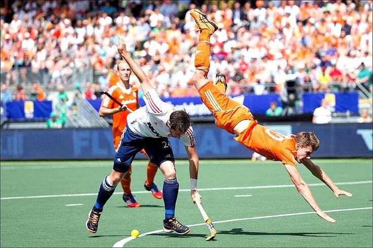 Field Hockey Semifinals - England VS Holland - Rabobank Hockey World Cup 2014. We Love Field Hockey ❤️.
