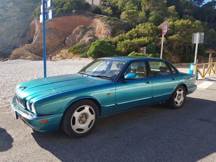 1995 Jaguar Xjr X306 Sajjpalf4bj722496 Registry The Autoshrine Network Jaguar Jaguar Xj Classic Cars