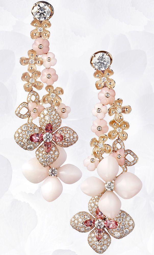 Pendientes en oro rosa, ángel-piel rosa ópalo y, turmalinas rosas, diamantes, engastado de diamantes Con Dos talla brillante