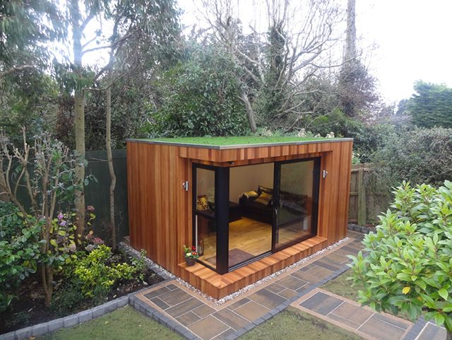 Summer house ideas google search summer house pinterest for Modern house with garden