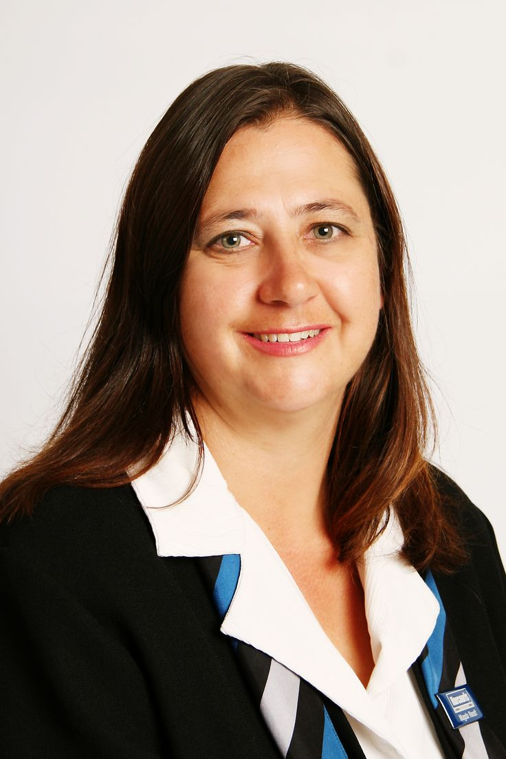 Magda Roodt. Real Estate Agent Harcourts Achievers Rustenburg,North West, South Africa.072 450 1740