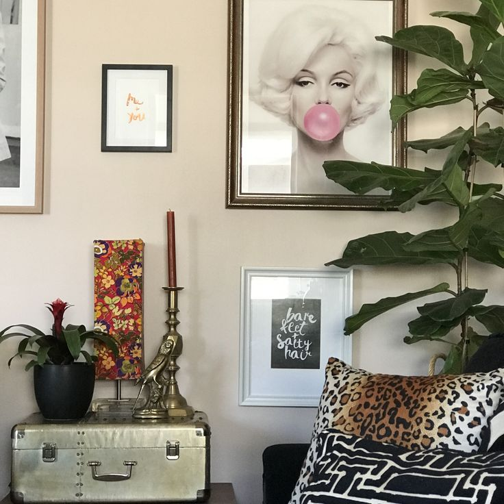 I'm rather Obsessed with Blush at the moment so when I mentioned to hubby that I really wanted to change the wall colour in our living room I was super excited that he was on board considerin…