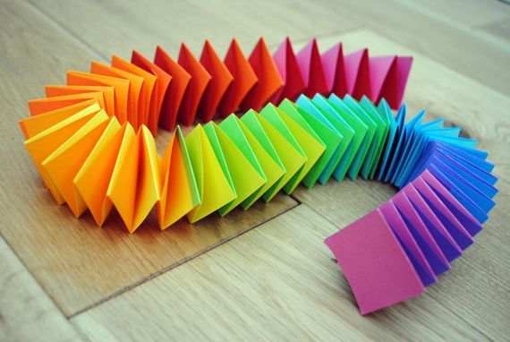 Folded Paper Garland: Paper Garlands, Idea, Art Parties, Colors Theme, Saint Patrick'S Day, Rainbows Parties, Paper Chains, Kid, Crafts