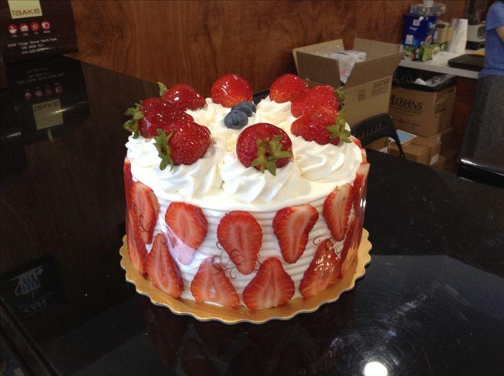 Strawberry shortcake. Gluten-free. Http://www.ejoycity.ca