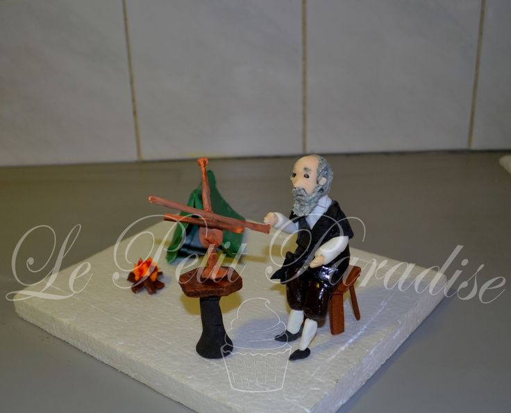 Galileo Galilei in Sugar  https://www.facebook.com/petit.paradise/