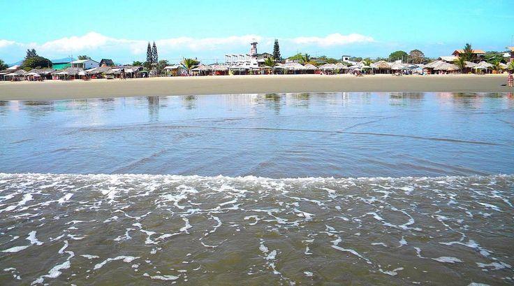 Conoce más en playadeolon.com #viajes #Olon #Ecuador