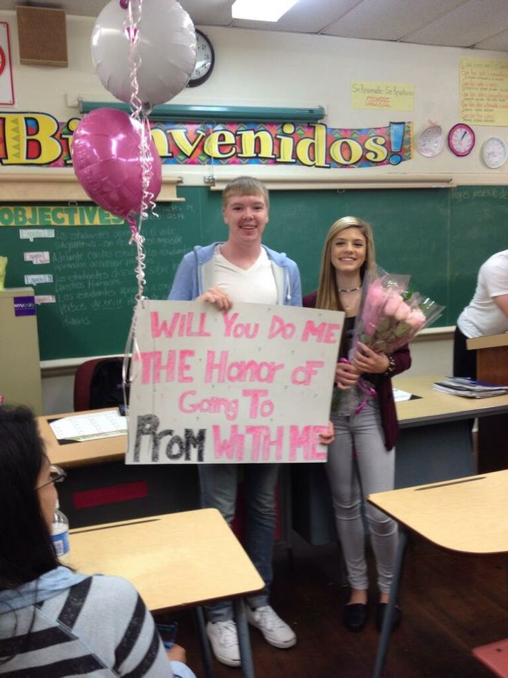 A #promposal can makes class a little more interesting! Promposal 2016 Inspiration Pinterest ...