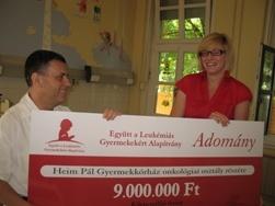 Az Együtt a Leukémiás Gyermekekért Alapítvány 2008. június 3-án 9 millió Ft-ot adott át a Heim Pál Gyermekkórház onkológiai osztályának  életmentő, gyermek hematológiai automata berendezés beszerzéséhez. Az onkológiai osztályon leukémiás illetve egyéb daganatos gyermekeket kezelnek.