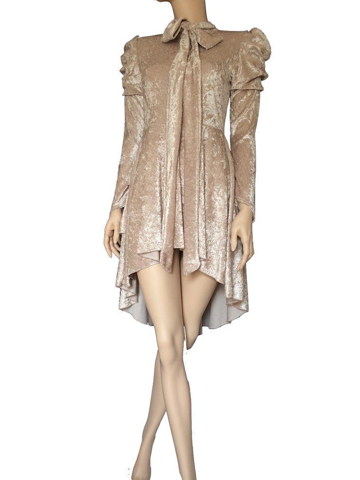 17 besten Gothic Dresses Bilder auf Pinterest | Frack, Latex kleid ...