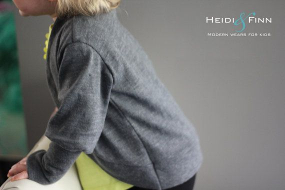 Slouchy Cardigan pattern and tutorial PDF 12m-5t by heidiandfinn. Lovely cuff, rounded lapel.