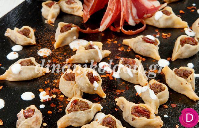 Μαντί με πρόβειο παστουρμά και σάλτσα γιαουρτιού με σκόρδο (Καισάρεια) | Dina Nikolaou