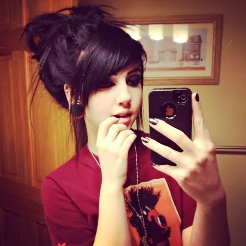 Remarkable 1000 Ideas About Emo Hairstyles On Pinterest Scene Hair Leda Hairstyles For Men Maxibearus