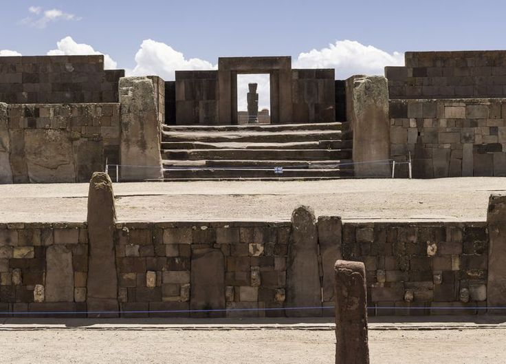 The Tiwanaku Empire (also spelled Tiahuanaco or Tihuanacu) was one of the first imperial states in South America, dominating portions of what is now southern Peru, northern Chile, and eastern Bolivia for approximately four hundred years (AD 550-950).