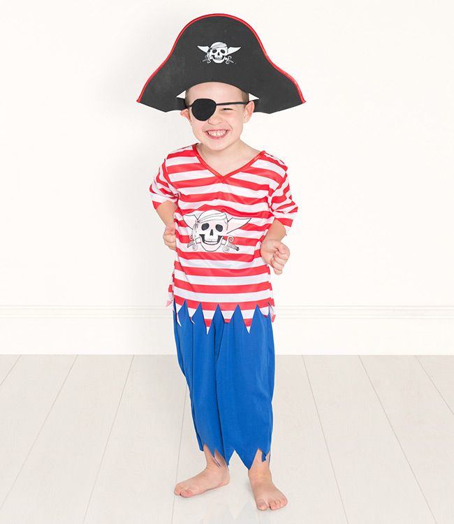 Arrrr me hearties!: Hair Models, Dressing, Pretend Play, Hearties