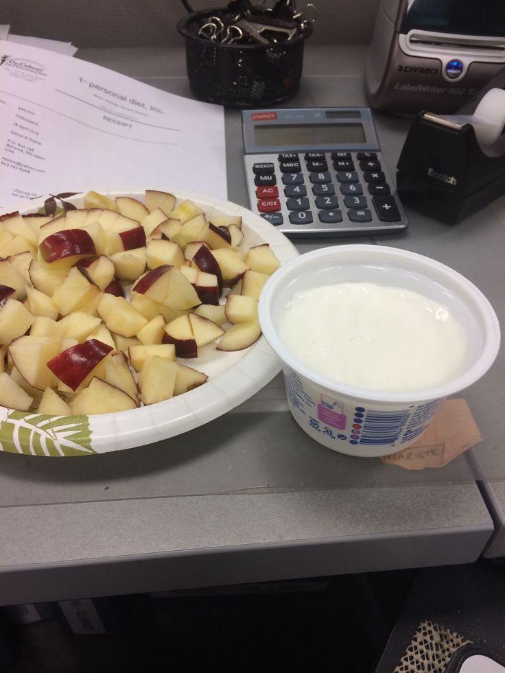 Fat free Greek yogurt and chopped apple