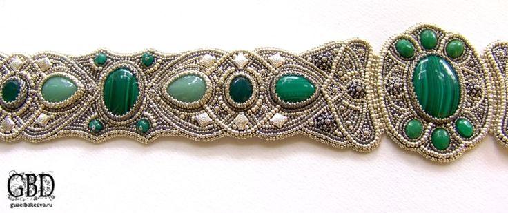 еще одна кавказская невеста изъявила желание стать обладательницей бисерного пояса, но ее главным пожеланием стали все оттенки зеленого, она сама выбрала…