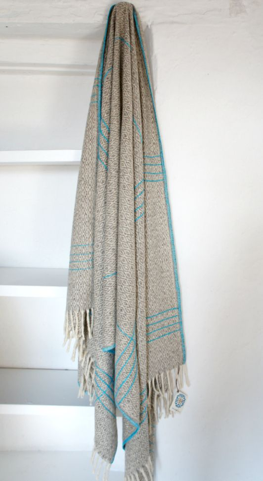 www.mexchic.co Image of Wool Blanket with Embroidery 'Lines Turquoise'