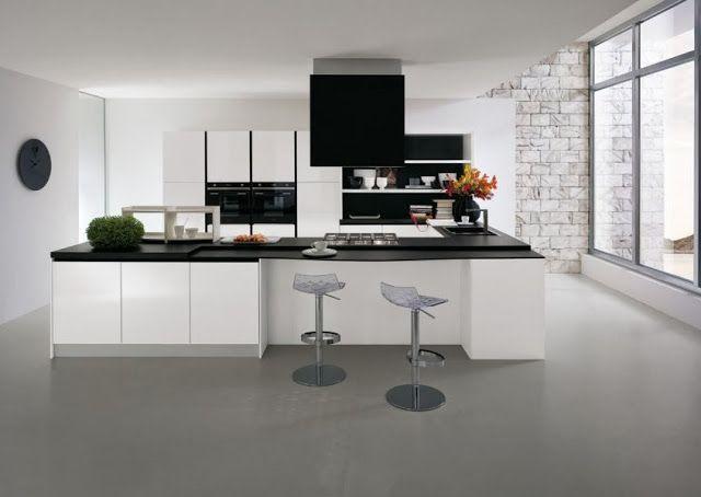 Grande cuisine blanche en U de chez Gicinque. #moderne #design #deco