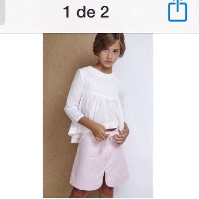 Blusa de plumeti color blanco roto asimétrica y falda rosa. AW 2015/16 susanitaskids.com #niñas #modaespaña #lookbook #petitstyle