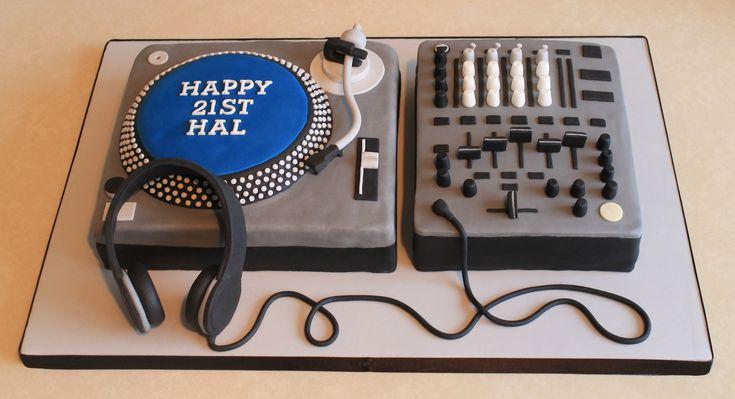 DJ Turntable  Mixer Cake