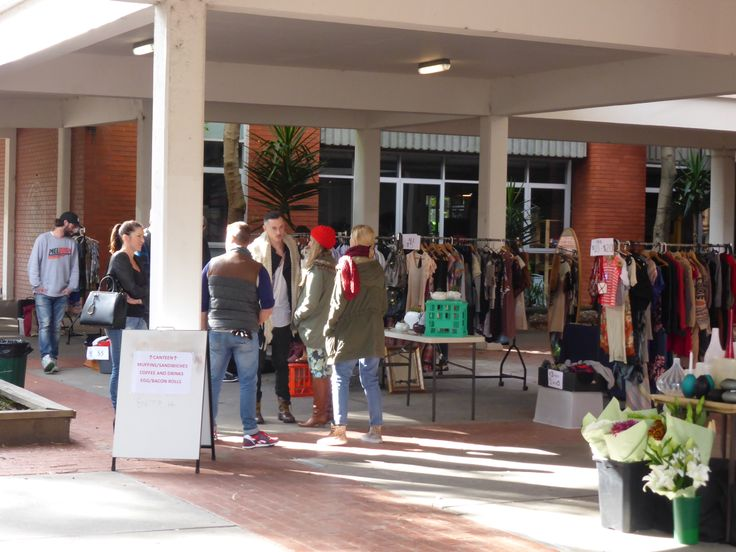 Undercover area - Collingwood College - Market Day