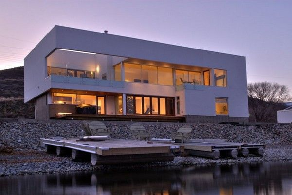 Elenko Residence was designed by CEI Architecture and is located in British Columbia, Canada, overlooking the Osoyoos lake.