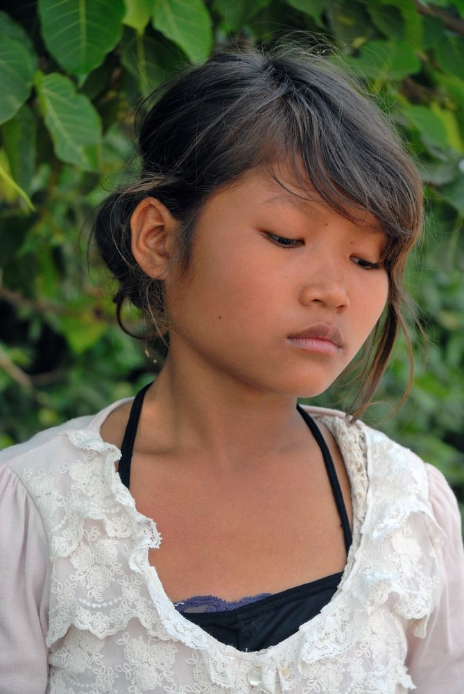 You Cambodian young model pics