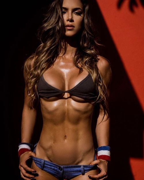 BADASS TANNED SHREDDED HARDBODY of Instagram Fitness Model Anllela Sagra  : Health Exercise #Fitspiration #Fitspo FitFam Crossfit Girls on Instagram - #Motivational Workout and Weight Training Pins by: CageCult