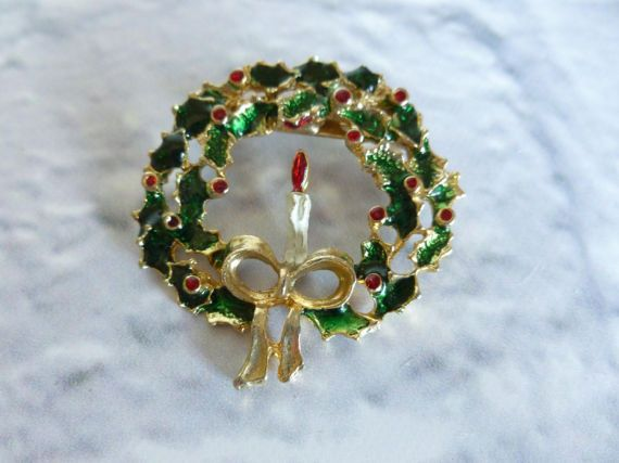 Vintage Holly Wreath and Candle Christmas by MuskRoseVintage