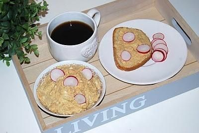 Pasta śledziowa z jajkiem